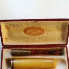 Boquillas de colección: BOQUILLA DE AMBAR 2 UNIDADES EN ESTUCHE SIN USO PRINCIPIOS SIGLO XX. Lote 200288933