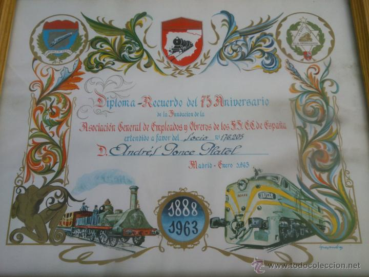 Coleccionismo de carteles: DIPLOMA RECUERDO 75 ANIVERSARIO RENFE.1888/1963.FIRMADO - Foto 2 - 47527689