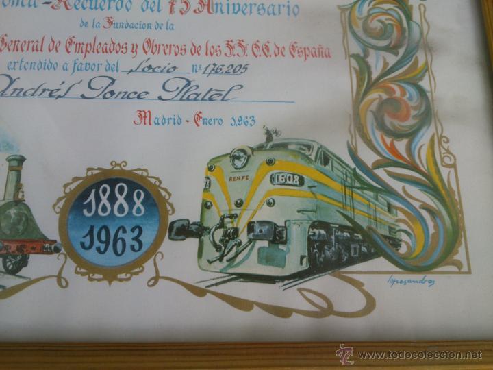Coleccionismo de carteles: DIPLOMA RECUERDO 75 ANIVERSARIO RENFE.1888/1963.FIRMADO - Foto 3 - 47527689