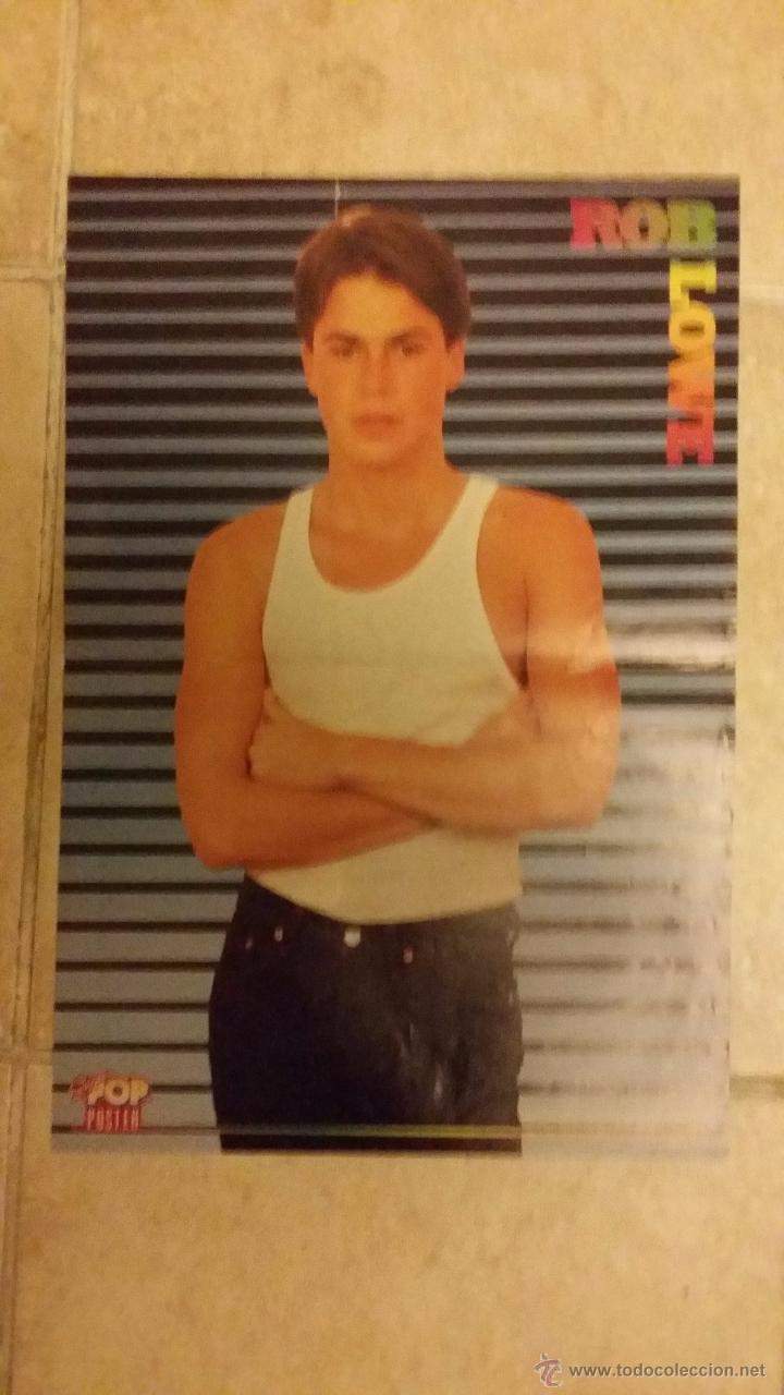 Coleccionismo de carteles: Doble poster, George Michael y Rob Lowe de la revista Super Pop. Tamaño 42x29 cm - Foto 2 - 71760347