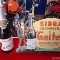 Coleccionismo de carteles: SIDRA EL GAITERO CARTEL TROQUELADO EN CARTON + BOTELLA. Lote 57135921