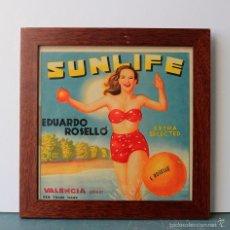 Coleccionismo de carteles: SUNLIFE, ANTIGUA ETIQUETA CARTEL DE NARANJAS ENMARCADA, AÑOS 40/50. Lote 57338801