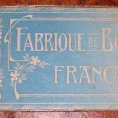 Coleccionismo de carteles: BONITO CARTEL FABRIQUE DE BONNETERIE MODA EN CARTON DURO , DECORACION EN RELIEVE 33/10CM. Lote 150486006