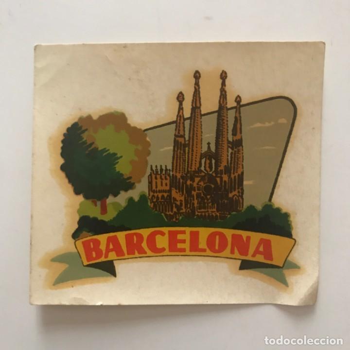 Coleccionismo de carteles: Cartelito Sagrada Familia. Barcelona 8,6x7,8 cm - Foto 2 - 159623722