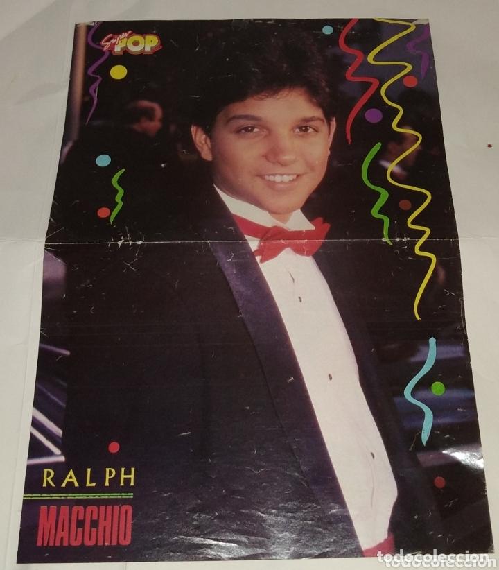 Coleccionismo de carteles: Poster Tom Cruise - Ralph Maccio. Super pop - Foto 2 - 172910670