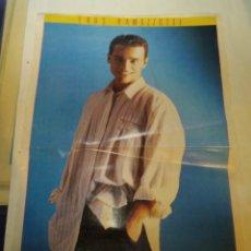 Coleccionismo de carteles: POSTER EROS RAMAZZOTTI - DON JOHNSON. SUPER POP. Lote 177209917