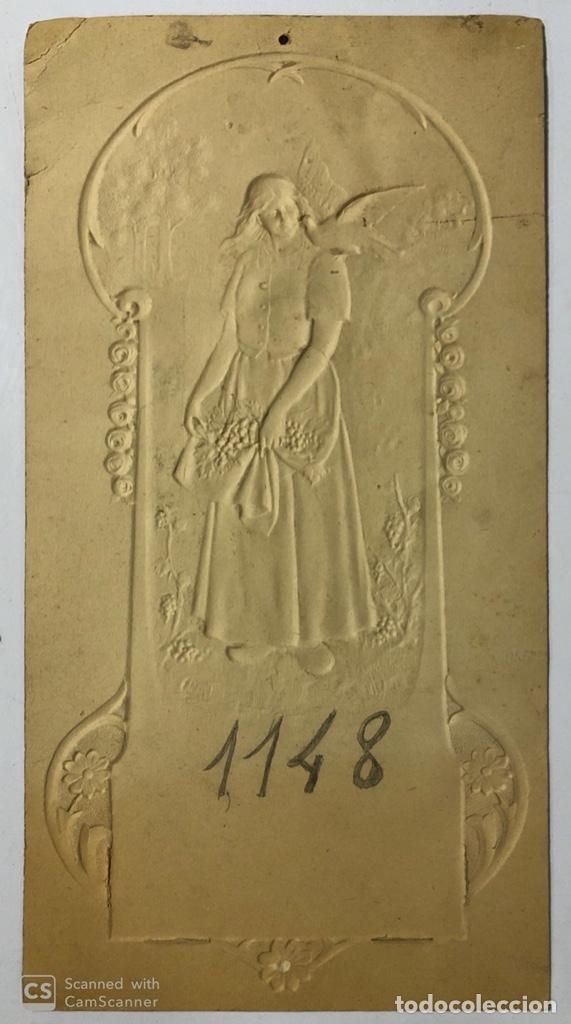 Coleccionismo de carteles: CARTEL DE CARTON TROQUELADO MODERNISTA. MUJER. - Foto 2 - 179231456
