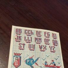 Coleccionismo de carteles: PEQUEÑO ALBUM PUNTO DE CRUZ OBSEQUIO DE LA MARCA EL RUBI. Lote 180224282