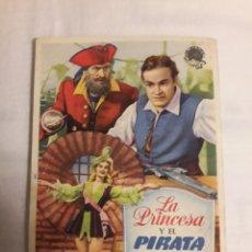 Coleccionismo de carteles: LA PRINCESA Y EL PIRATA ANTIGUO PROGRAMA DE CINE FOLLETO DE MANO. Lote 194737761