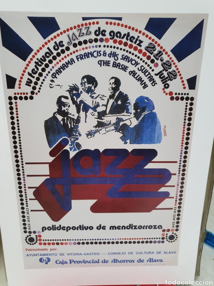 Coleccionismo de carteles: FESTIVAL DE JAZZ DE VITORIA. REPRODUCCION DE CARTELES. 1977-2006. - Foto 9 - 202811856