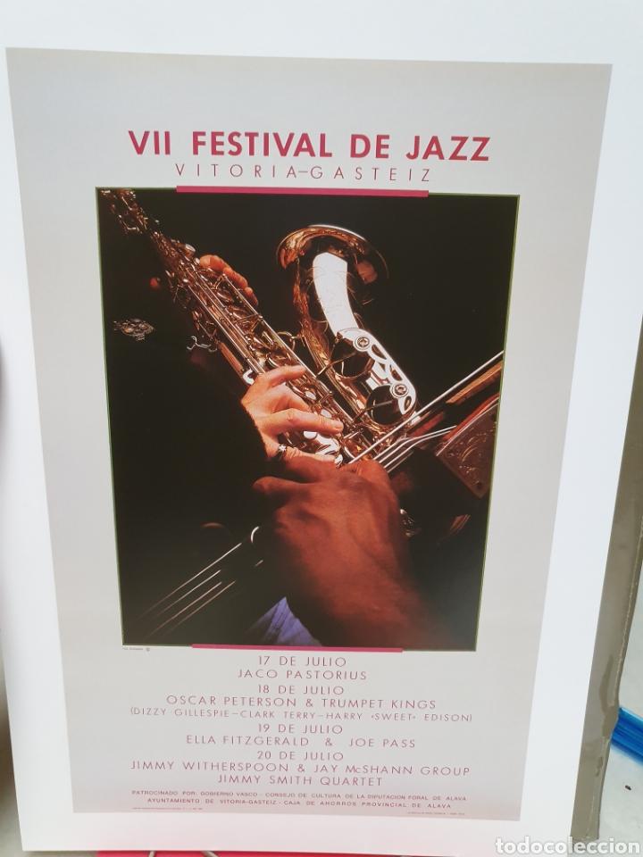 Coleccionismo de carteles: FESTIVAL DE JAZZ DE VITORIA. REPRODUCCION DE CARTELES. 1977-2006. - Foto 10 - 202811856