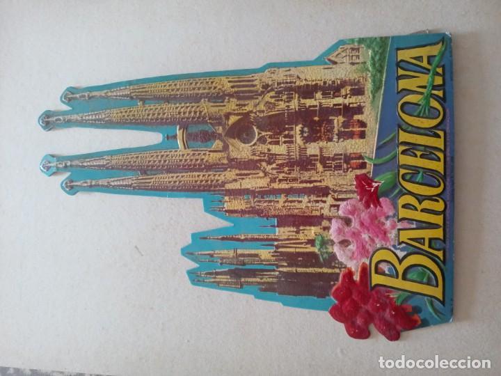 Coleccionismo de carteles: Sagrada familia carton troquelado y en relieve 1958 - Foto 2 - 218583911