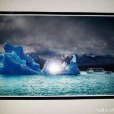 Coleccionismo de carteles: FOTOGRAFÍA FERNANDO GALINDO ÁRTICO POLO NORTE SUR ANTÁRTICO BARCO AGUAS GÉLIDAS ICEBERG MISTERIO PAP. Lote 230251175