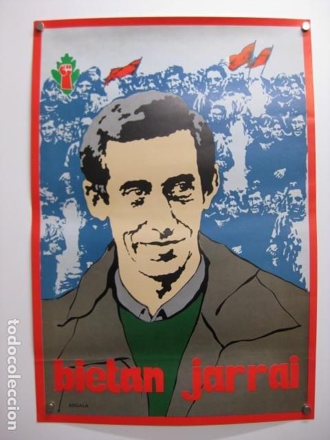 CARTEL POLITICO BIETAN JARRAI - INDEPENDENTISMO VASCO ABERTZALE (Coleccionismo - Carteles Pequeño Formato)