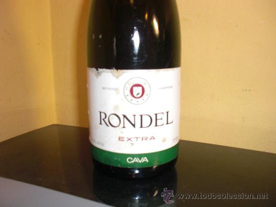 BOTELLA DE CAVA ENTERA RONDEL EXTRA CON CHAPA VERDE ENTALLADA (Coleccionismo - Botellas y Bebidas - Cava)