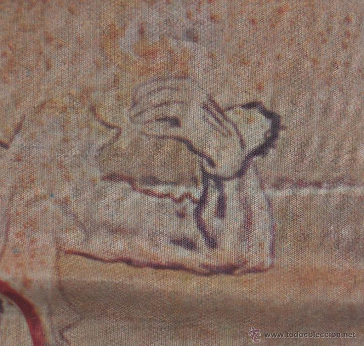 Coleccionismo de cava: PAÑUELO EN SEDA CON PUBLICIDAD DE CODORNIU DE LOS AÑOS 60 - Foto 5 - 53057956