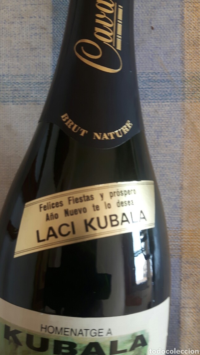 Coleccionismo de cava: Botella de cava firmada partido homenaje a Kubala - Foto 2 - 122034048