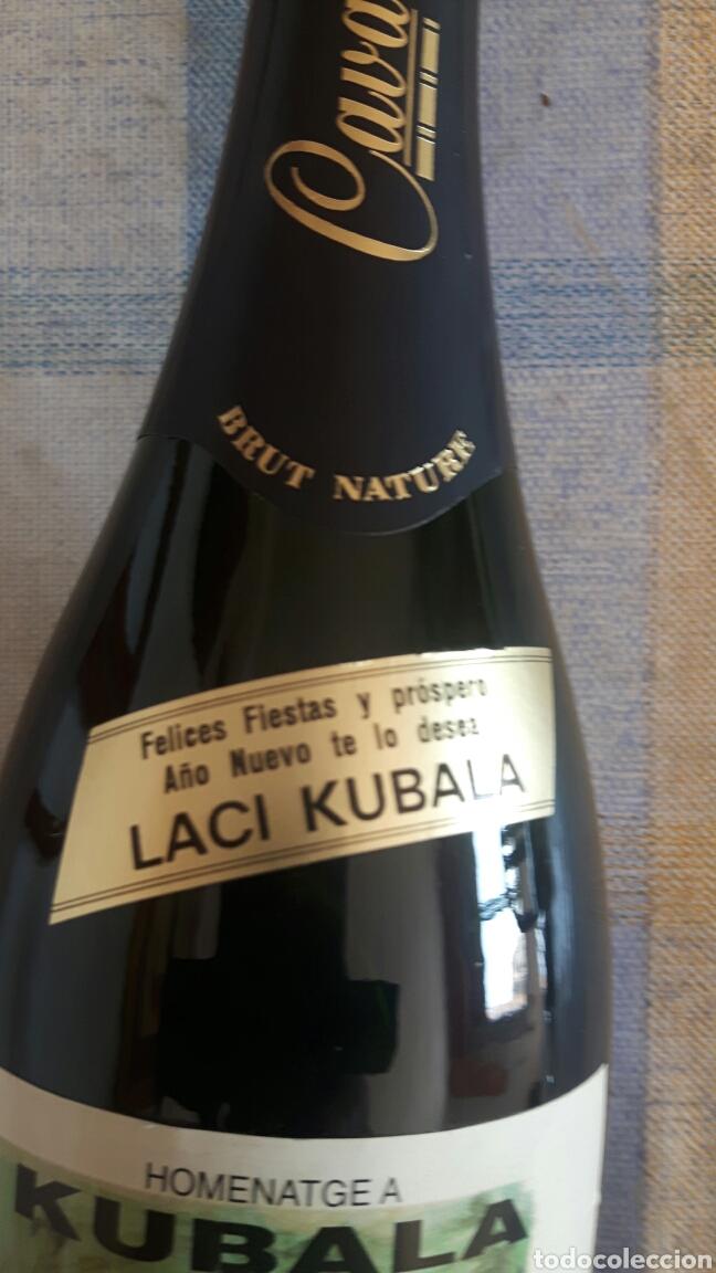 Coleccionismo de cava: Botella de cava partido homenaje a kubala - Foto 2 - 122034599