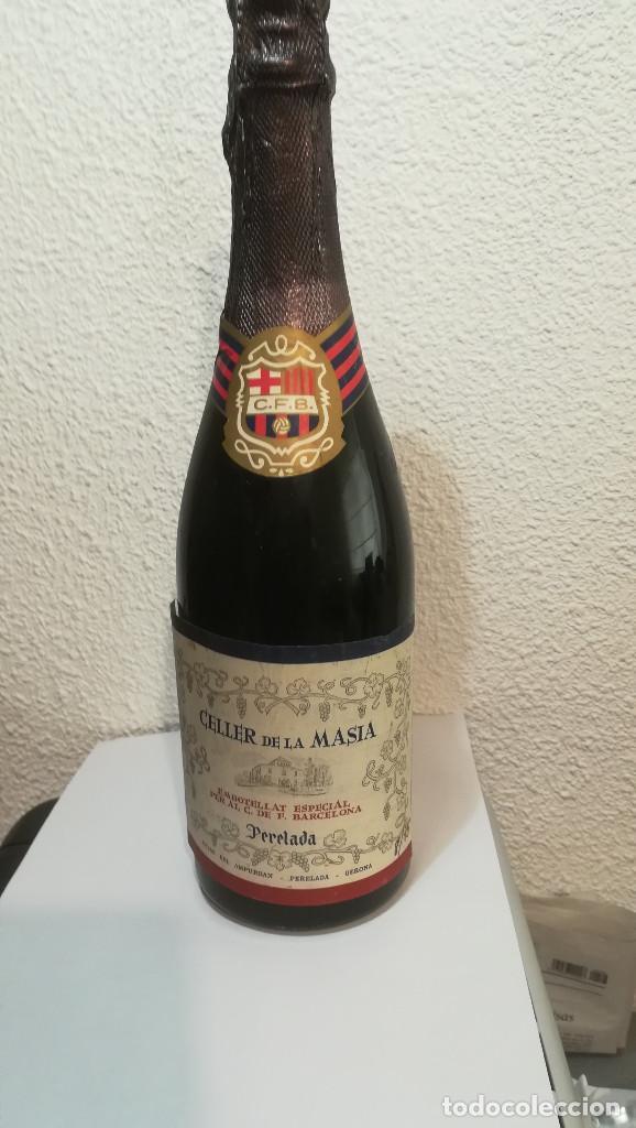BOTELLA CAVA FUTBOL BARCELONA (Coleccionismo - Botellas y Bebidas - Cava)