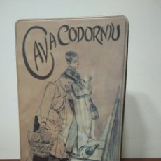 Coleccionismo de cava: CAJA METÁLICA CAVA CODORNIU. Lote 171077697