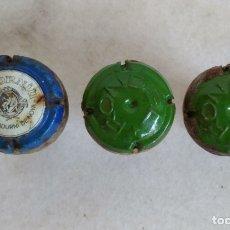 Coleccionismo de cava: LOTE 3 PLACAS DE CAVA CON CORCHO, RONDEL Y CODORNIU. . Lote 179089268