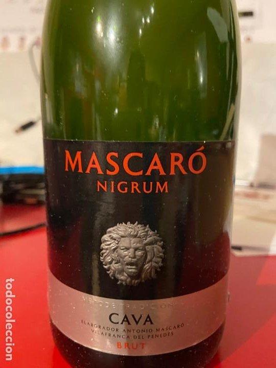 Coleccionismo de cava: ESTUCHE 3 BOTELLAS CAVA MASCARO NIGRUM BRUT - Foto 3 - 190630171