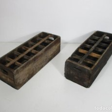 Coleccionismo de cava: CAJAS PARA EL TRANSPORTE DE BOTELLAS DE CAVA - CAVAS DEL AMPURDÁN S.A. PERELADA - MADERA DE PINO. Lote 213130807