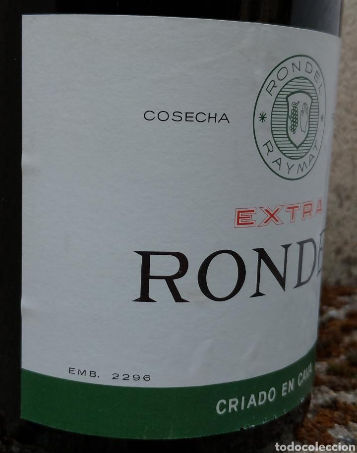 Coleccionismo de cava: Cava Rondel Extra Botella Antigua con Placa Verde - Foto 2 - 219728482