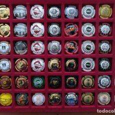 Coleccionismo de cava: LOTE 48 CHAPAS DE CAVA VARIADAS INCLUYE CLASIFICADOR. ALGUNA REPETIDA. VER FOTOS. Lote 222969317