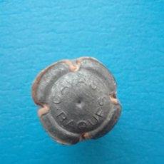 Coleccionismo de cava: ANTIGUA, RARA Y DIFICIL PLACA DE CAVA REXACH BAQUES (ENTALLADA). Lote 249296485