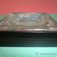 Ceniceros: CENICERO VINTAGE PIEL Y CRISTAL. Lote 50501710