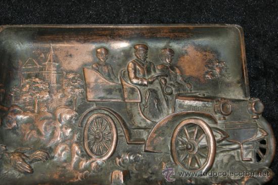 Ceniceros: Cenicero modernista en estaño, con coche de epoca. - Foto 2 - 32542211