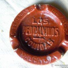 Ceniceros: CENICERO PUBLICITARIO DE BARRO DE LOS PEDRALVINOS COMIDAS DE VALENCIA. Lote 39992432