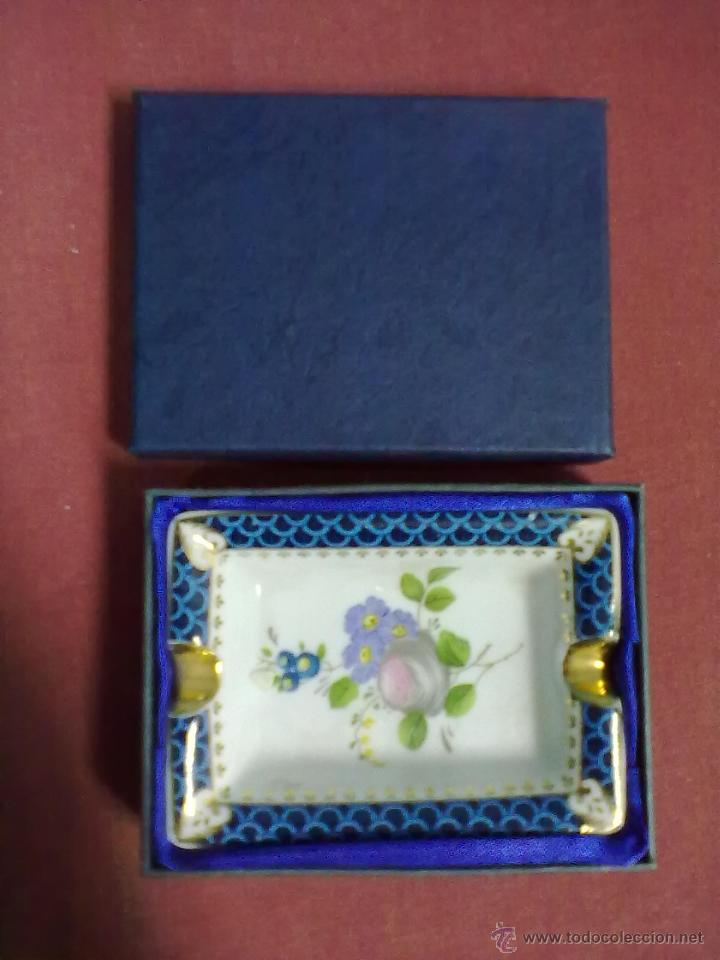 CENICERO PORCELANA (Coleccionismo - Objetos para Fumar - Ceniceros)