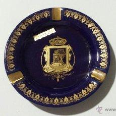 Ceniceros: CENICERO CON ESCUDO DE LA CIUDAD DE VIGO (ORO DE LEY). Lote 48415216