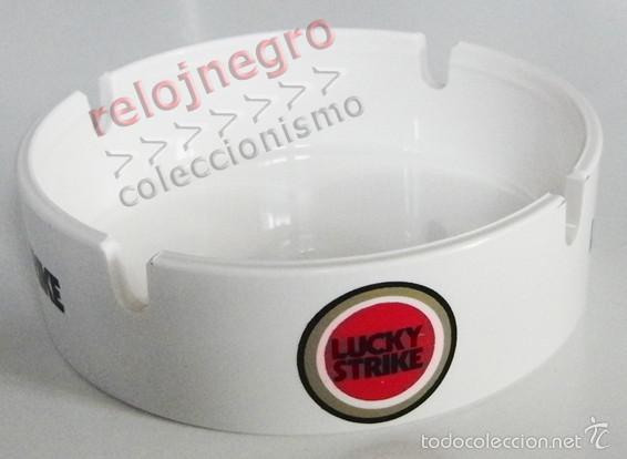 CENICERO - LUCKY STRIKE - BLANCO - PUBLICIDAD DE TABACO - LOGOTIPO LOGO - DE PLÁSTICO (Coleccionismo - Objetos para Fumar - Ceniceros)