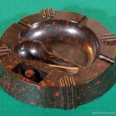 Ceniceros: CENICERO ART DÉCO CIRCA 1930 DE BAQUELITA CON SOPORTE PARA PIPA R260238. Lote 58359533