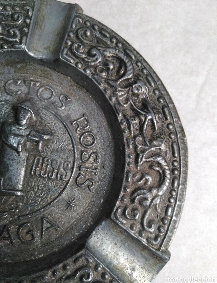 Ceniceros: Antiguo cenicero fundición años 30. Productos Rosis Té dosis. Málaga. Ornamentación tip renacentista - Foto 5 - 95616136