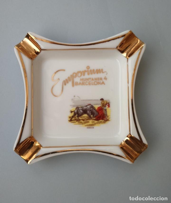 BONITO CENICERO DE EMPORIUM, CALLE MUNTANER 4, BARCELONA. PORCELANA. (Coleccionismo - Objetos para Fumar - Ceniceros)