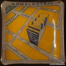 Ceniceros: CENICERO - TARJETERO PUBLICITARIO ANTIGUO, DE CRISTAL, DEL EDIFICIO COMELECTRIC EN BILBAO. Lote 106851971