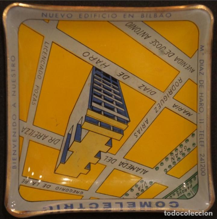 Ceniceros: Cenicero - tarjetero publicitario antiguo, de cristal, del edificio Comelectric en Bilbao - Foto 3 - 106851971