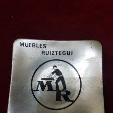 Ceniceros: CENICERO CHAPA MUEBLES RUIZTEGUI VITORIA. Lote 108874140