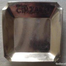 Ceniceros: CENICERO ANTIGUO METAL ALUMINIO DE VERMOUTH CINZANO. Lote 113963767
