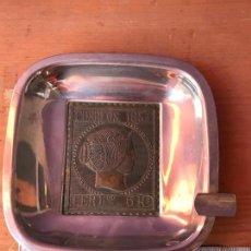 Ceniceros: CENICERO DE METAL -SELLO DE CORREOS EN RELIEVE 1853 6 REALES. Lote 119767527