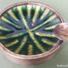 Ceniceros: CENICERO DE PLATA Y METAL ESMALTADO. CIRCA 1970. . Lote 121011279
