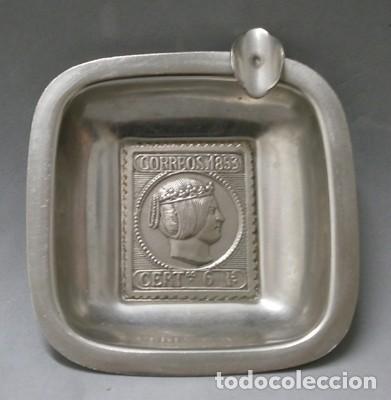 CENICERO SELLO DE CORREOS 1853 CERT. 6 R. EN METAL - CENICERO-53 (Coleccionismo - Objetos para Fumar - Ceniceros)