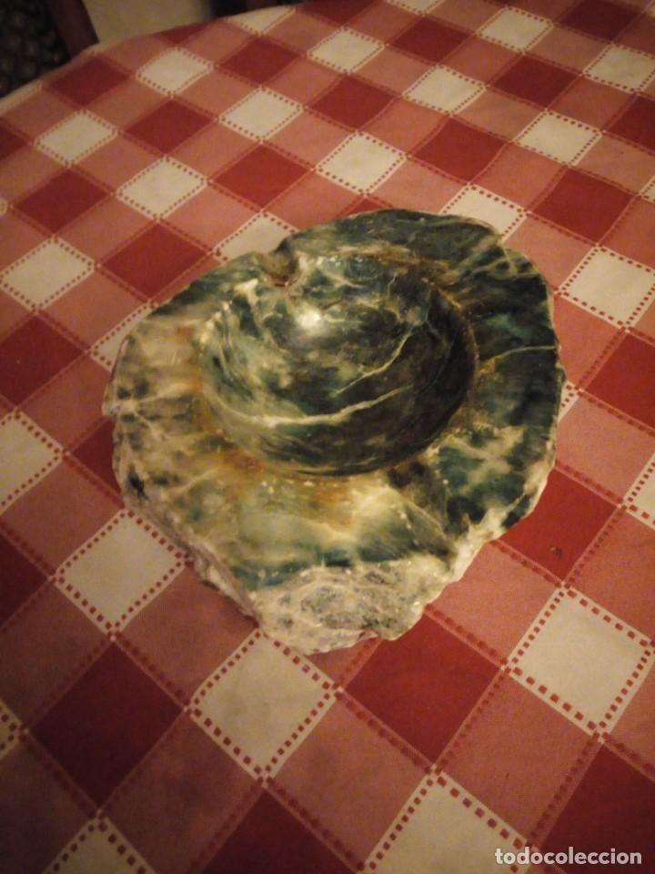Ceniceros: Precioso cenicero de mineral natural,granito o marmol de color verde veteado. - Foto 2 - 146782634