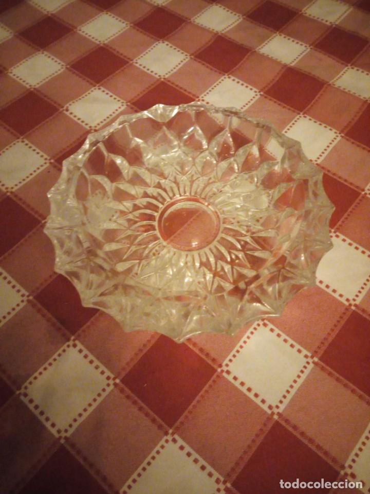 Ceniceros: Cenicero de cristal tallado. - Foto 2 - 146783034