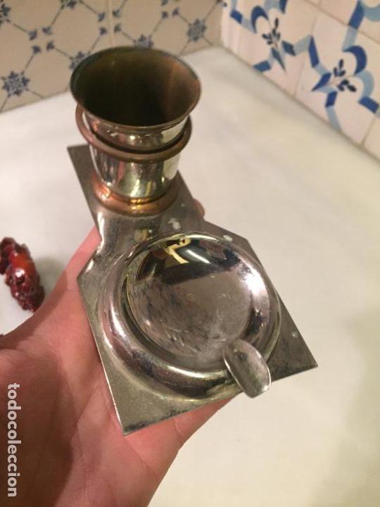Ceniceros: Antiguo cenicero con vaso para poner cigarrillos de metal niquelado años 50-60 - Foto 4 - 147741334