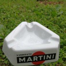 Ceniceros: CENICERO VINTAGE VERMOUTH. MARTINI. PORCELANA SANTA CLARA (VIGO), PERFECTO ESTADO!!!.15CM.. Lote 154652690